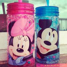 Garrafa Gel Mickey e Minnie